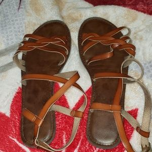 4/$24 - EUC Strappy Leather Sandals